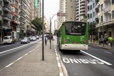 municipios_com_mais_de_20_mil_habitantes_tem_ate_abril_de_2018_para_concluir_seus_planos_de_mobilidade_-_alf_ribeiro_-_istock.jpg